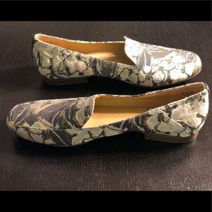 Naturalizer Flat Loafer